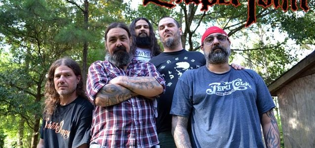 PHILIP ANSELMO On SUPERJOINT RITUAL: 'I Was F**ked Up Out Of My F**king Mind On Heavy Drugs'