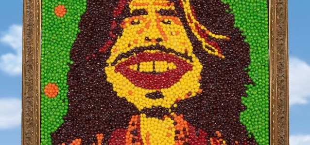 STEVEN TYLER's SKITTLES Portrait To Be Auctioned To Benefit JANIE'S FUND