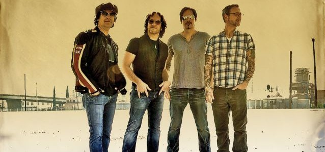 VIVIAN CAMPBELL Is Getting Back Together With One Of His Past Projects To Make New Album