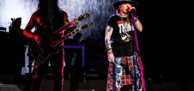 GUNS N' ROSES Plays First Hometown Show At Los Angeles' Dodger Stadium: Video, Photos