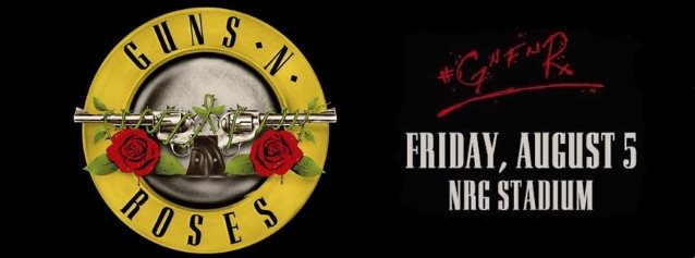 GUNS N' ROSES: Front-Row Video Footage Of Entire Houston Concert