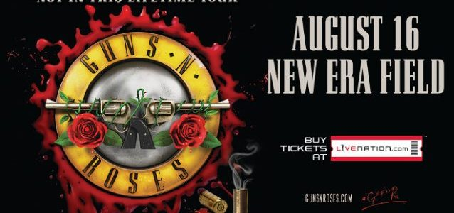 Watch Front-Row Video Footage Of GUNS N' ROSES' Buffalo Concert