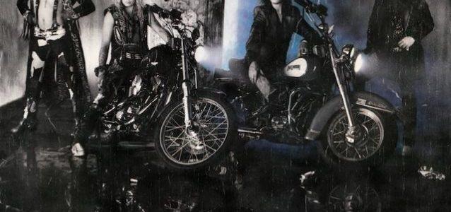 MÖTLEY CRÜE's NIKKI SIXX Explains Decision To Reissue 'Girls, Girls, Girls' Album