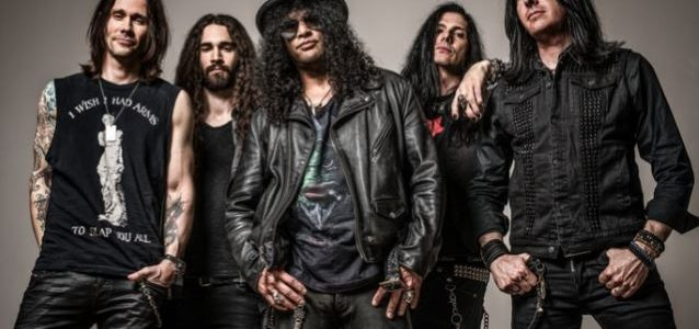 MYLES KENNEDY Says There Are No Concrete Plans To Work On New SLASH Solo Album