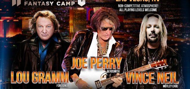 Watch VINCE NEIL Sing MÖTLEY CRÜE's 'Kickstart My Heart' At 'Rock 'N' Roll Fantasy Camp'